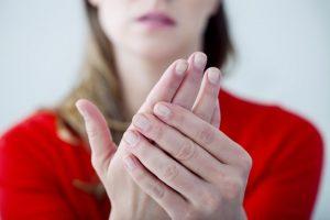 手腳麻痺的不同病因及對應方法